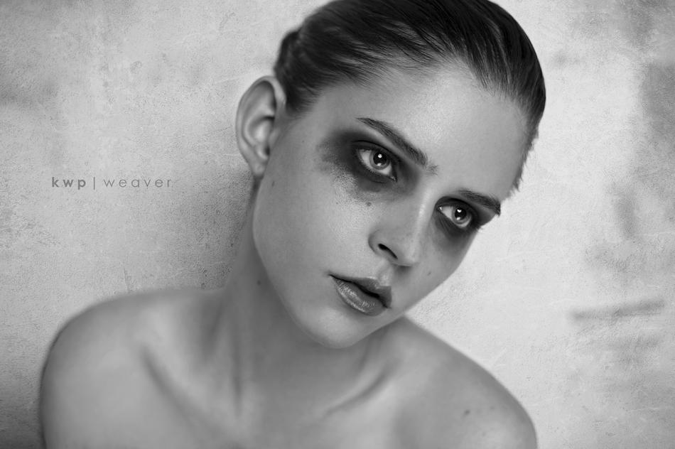 Kelsey_20_sneak_small