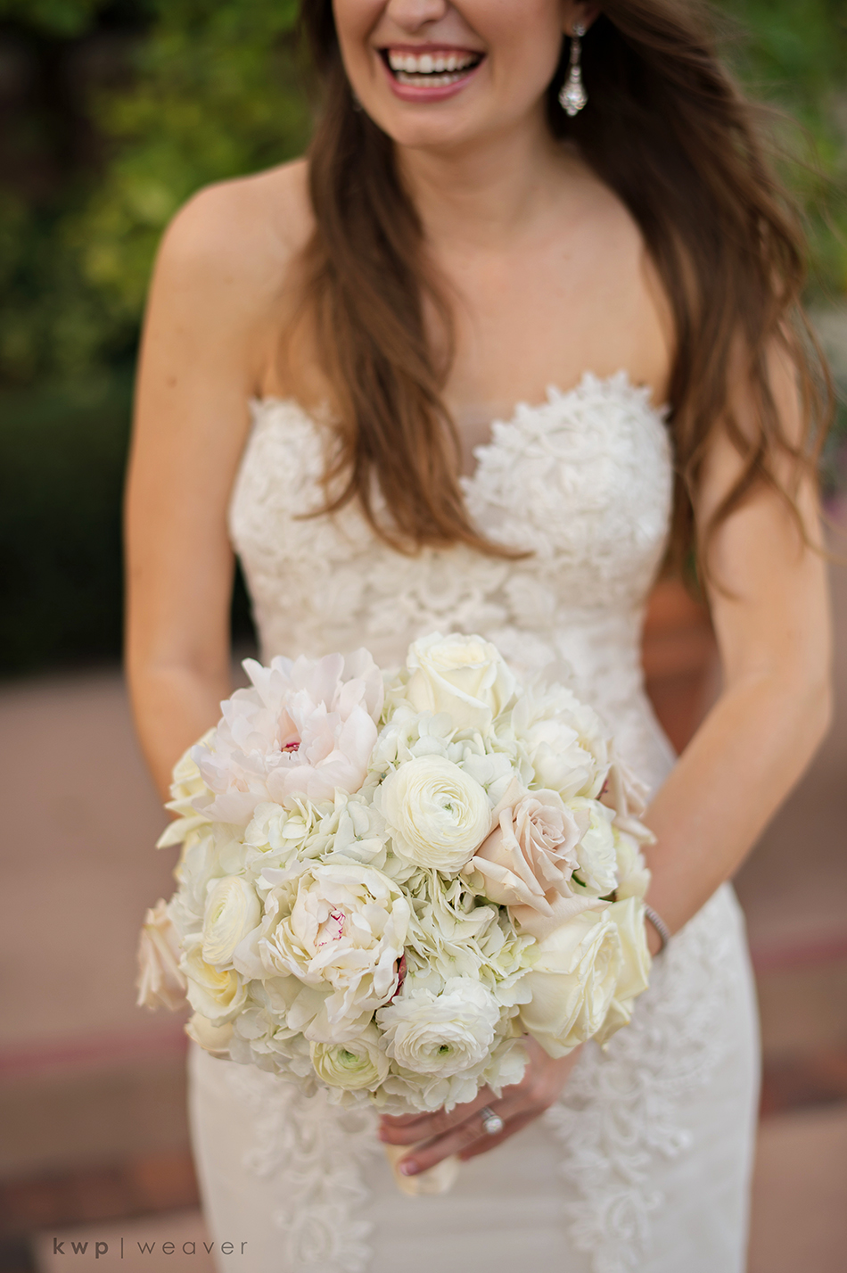 White and pastel pink bouquet