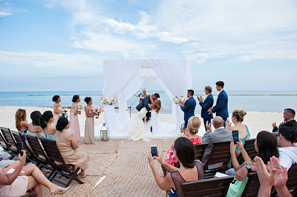 beach wedding in mexico