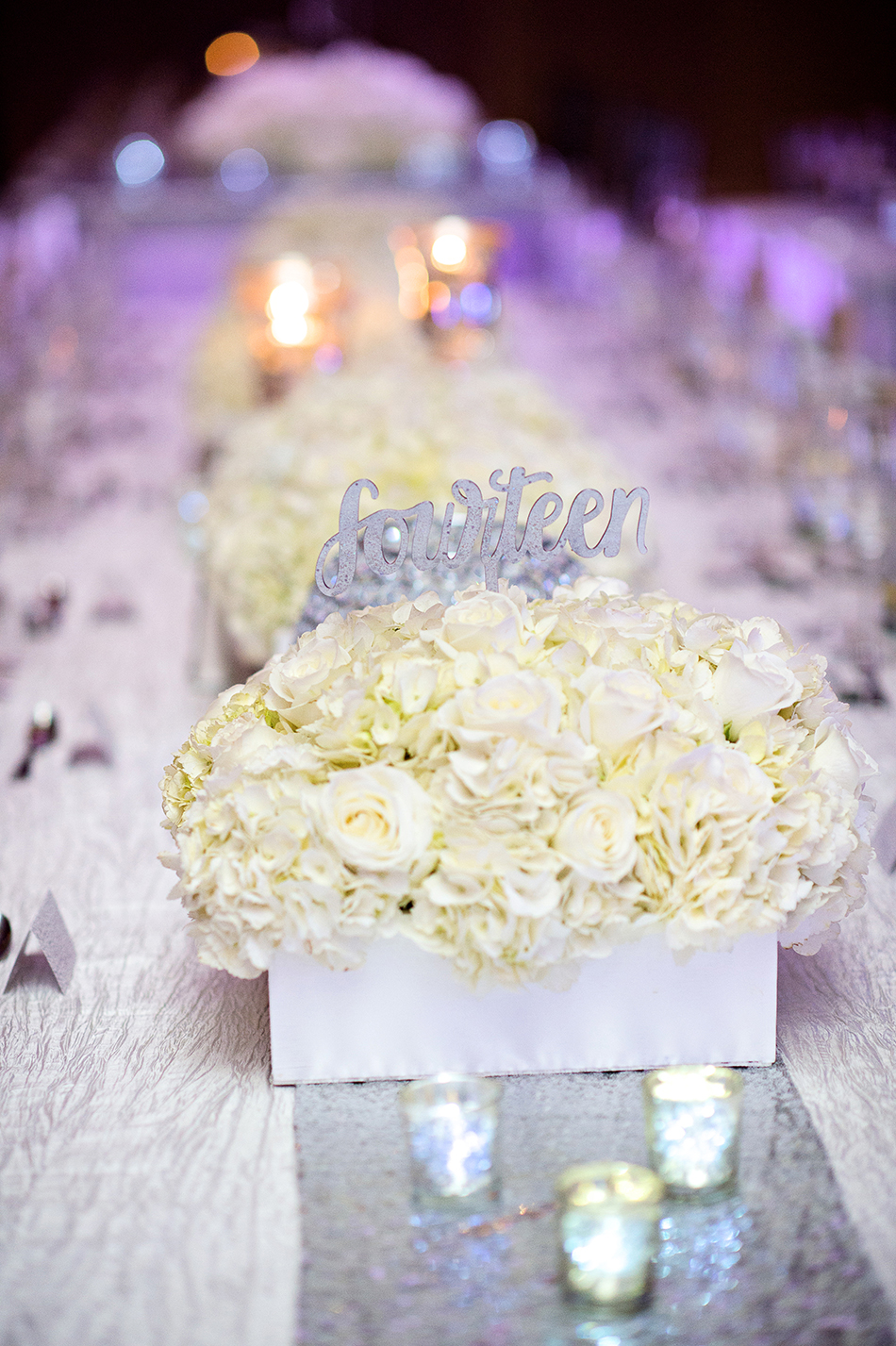 reception white floral centerpiece