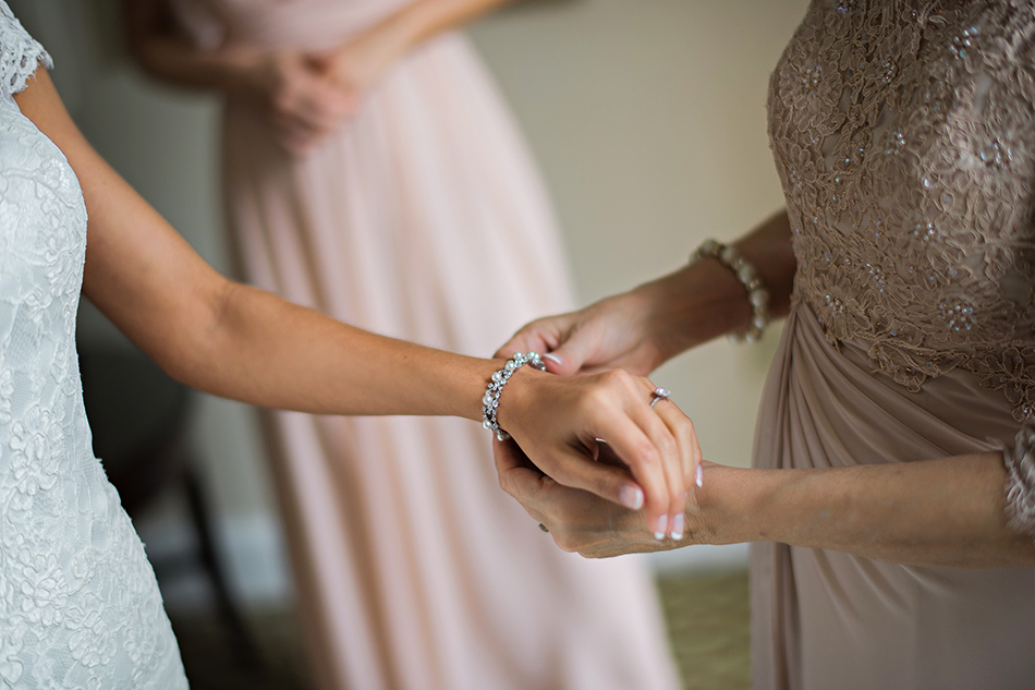 glamorous wedding jewelry
