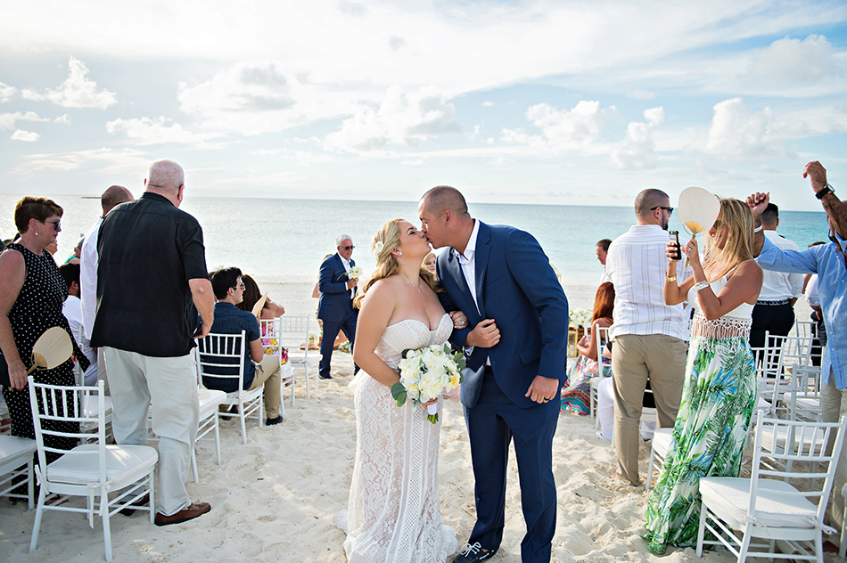 Hilton at Resorts World Bimini wedding ceremony