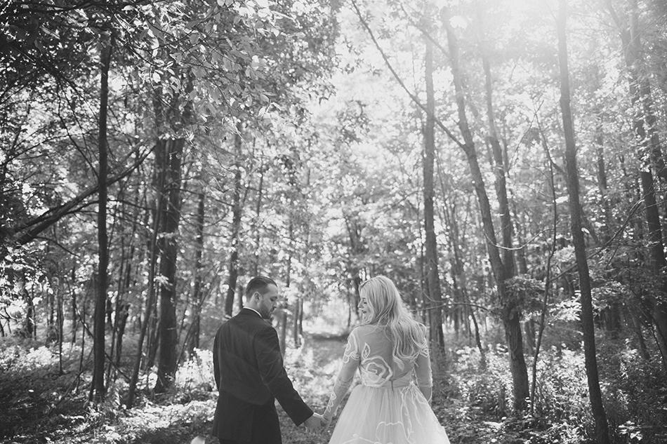 wedding in the woods at La Esposita Bonita