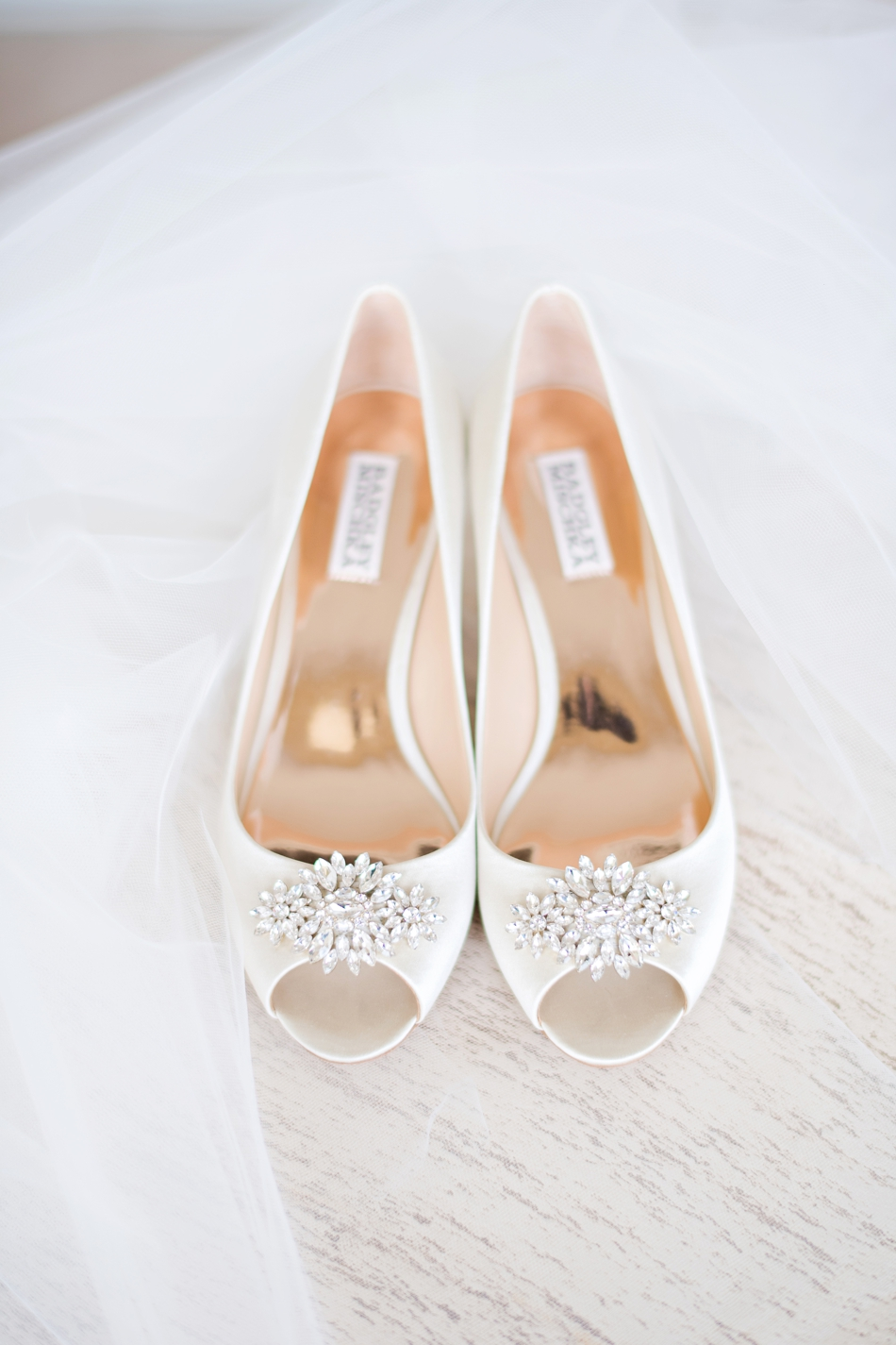 white badgley mischka wedding shoes
