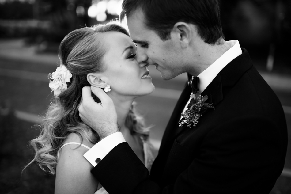 black and white romantic wedding photography