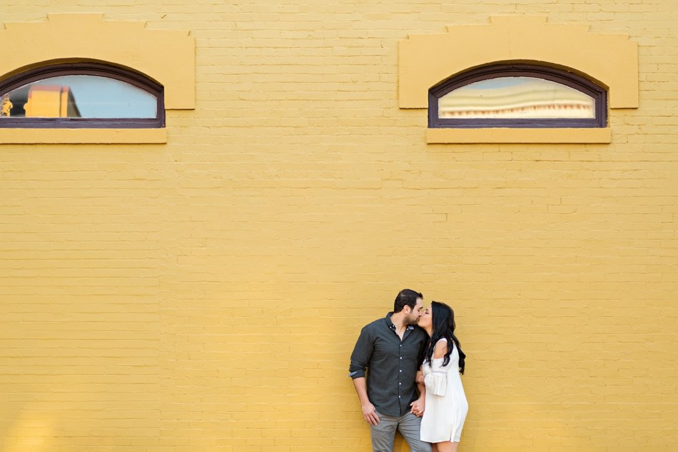 cute ideas for engagement photos