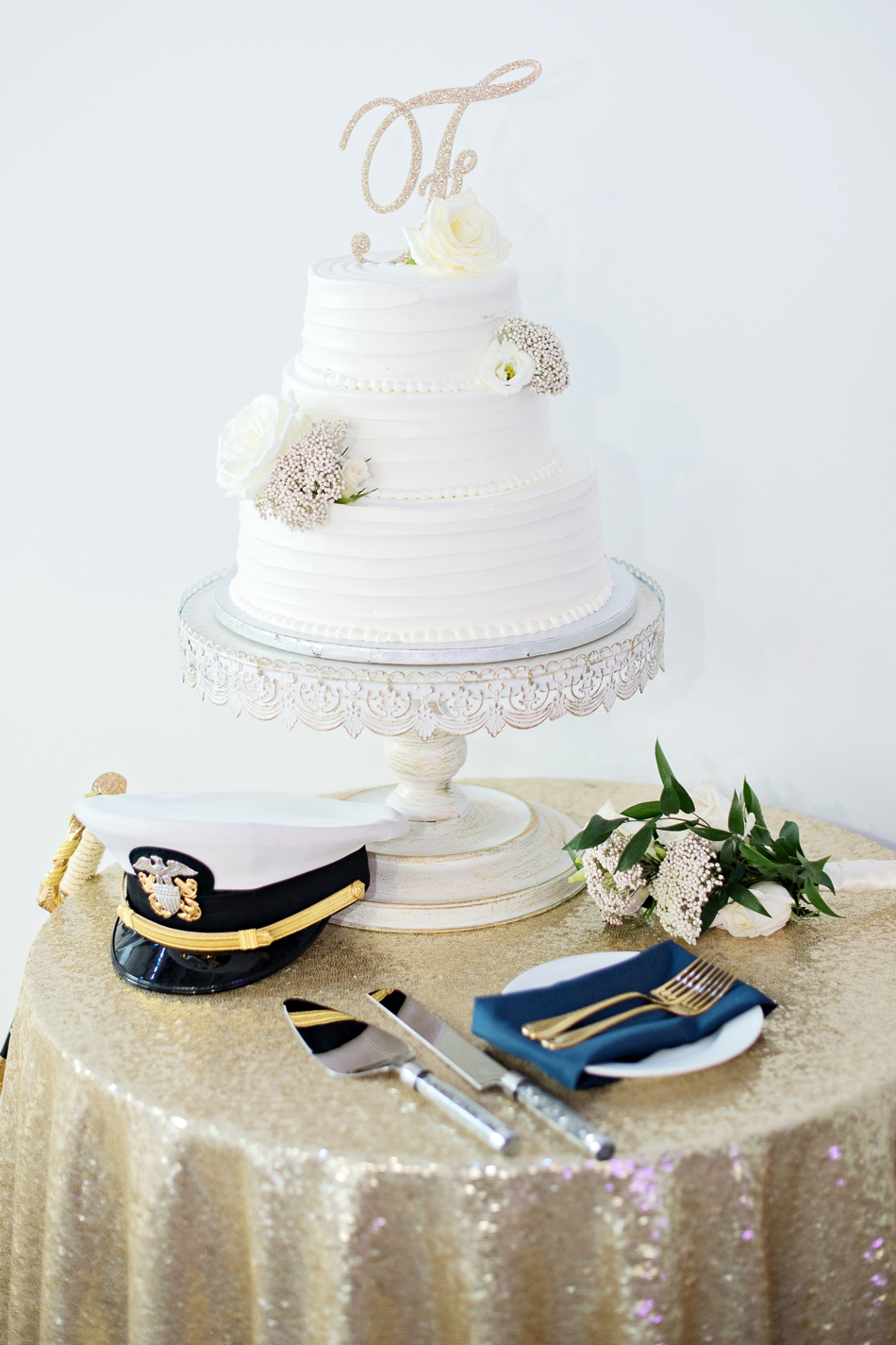 Champagne and white cake